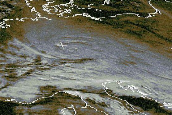Satellitenbild von 12 Uhr